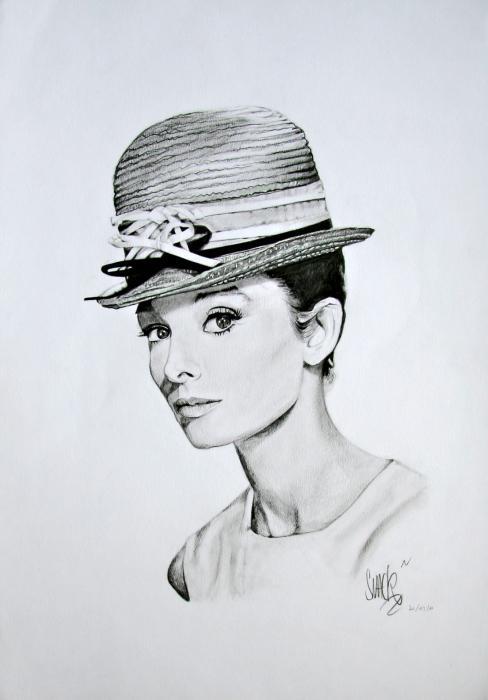 Audrey Hepburn by MIKA.SMACK